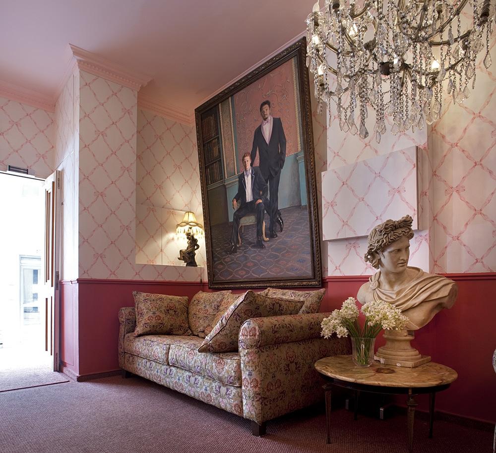 לובי המלון עדן פרמייר
